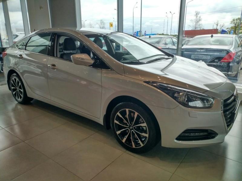 Hyundai I40 2018 АТ 2,0 л.